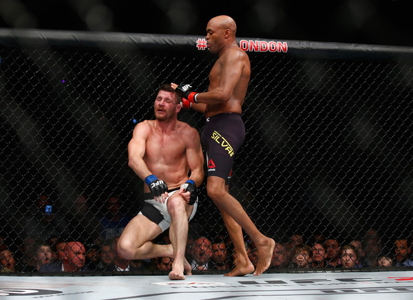 Michael+Bisping+Anderson+Silva+UFC+Fight+Night+dUm48psrCFEl